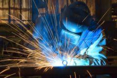溶接工は異業種からでも転職できる?